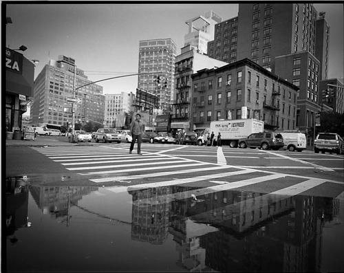 fdelandre-walking-in-manhattan-4